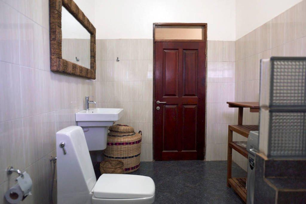 Apartment 1 (Africa)